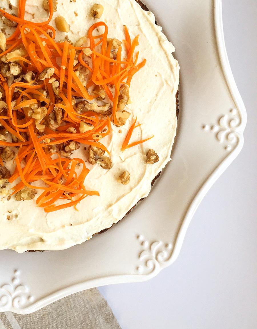 Paleo Carrot Cake (grain-free, dairy-free, fruit-sweetened)   GrokGrub.com