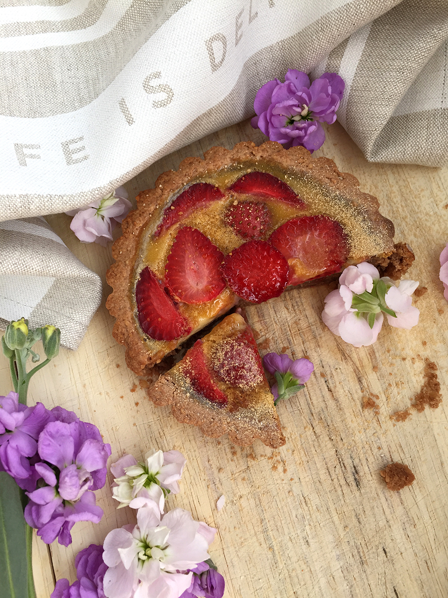 Strawberry Tartlet (grain free, dairy free, gluten free) | GrokGrub.com