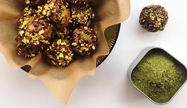 Mini Matcha Muffins (Grain/Dairy-Free, Paleo) | GrokGrub.com