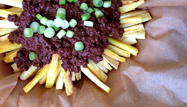 Paleo Poutine - Parsnip Fries + Chorizo Gravy | GrokGrub.com