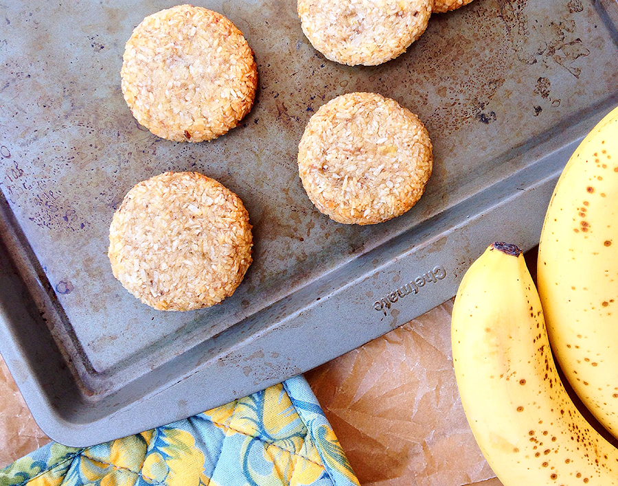 2 Ingredient Banana Coconut Cookies (Grain/Sugar/Dairy/Nut/Egg-Free, Paleo) | Fresh Planet Flavor