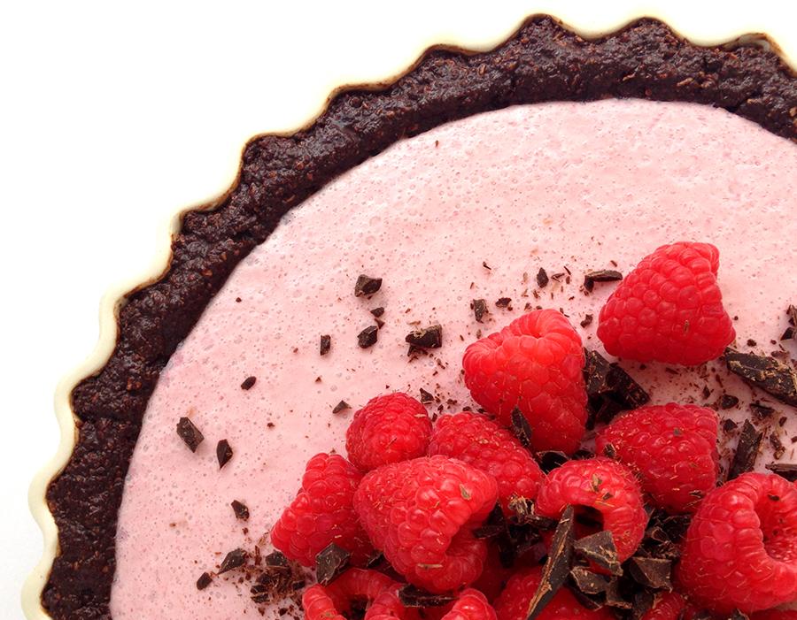 Raspberry Cream Pie (Grain/Dairy-Free, Paleo) | GrokGrub.com