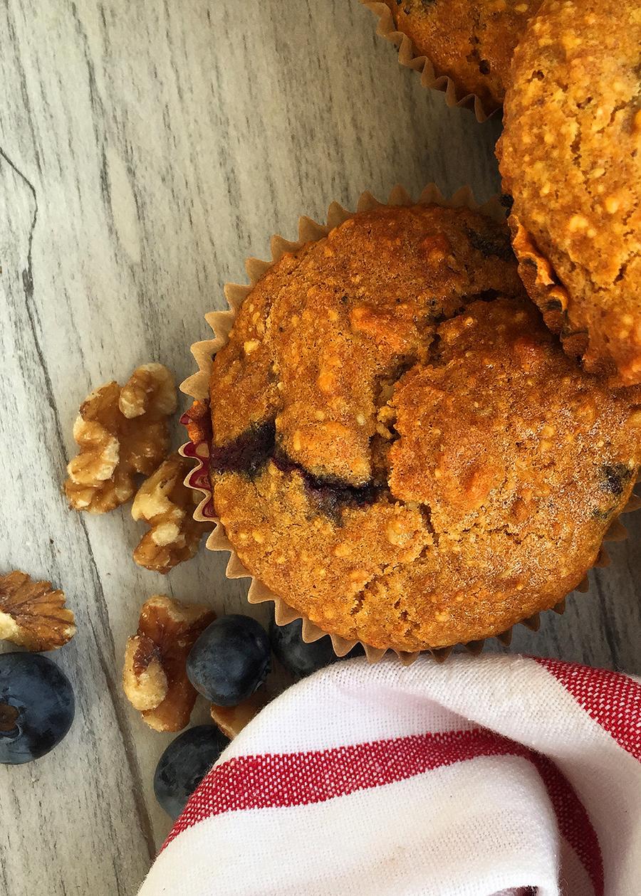 Antioxidant Superfood Muffins (grain free, dairy free, refined sugar free, paleo) | GrokGrub.com