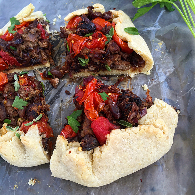 Lamb Galette with Burst Tomatoes and Figs (grain-free, dairy-free, paleo) | GrokGrub.com