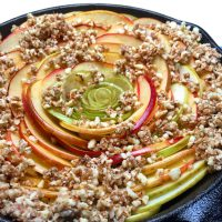 Busy Baker's Quick Apple Pie: this is an easy variation on apple pie which is both fast and delicious! Perfect if you're looking to get the flavor of apple pie but with less added sugar and no gluten, artificial flavors, or fillers.   GrokGrub.com