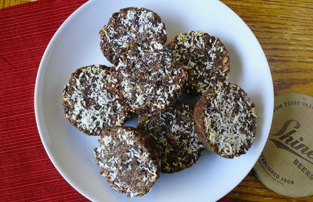 Chocolate Almond Energy Bites - Fresh Planet Flavor