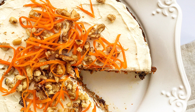 Paleo Carrot Cake (grain-free, dairy-free, fruit-sweetened) | GrokGrub.com