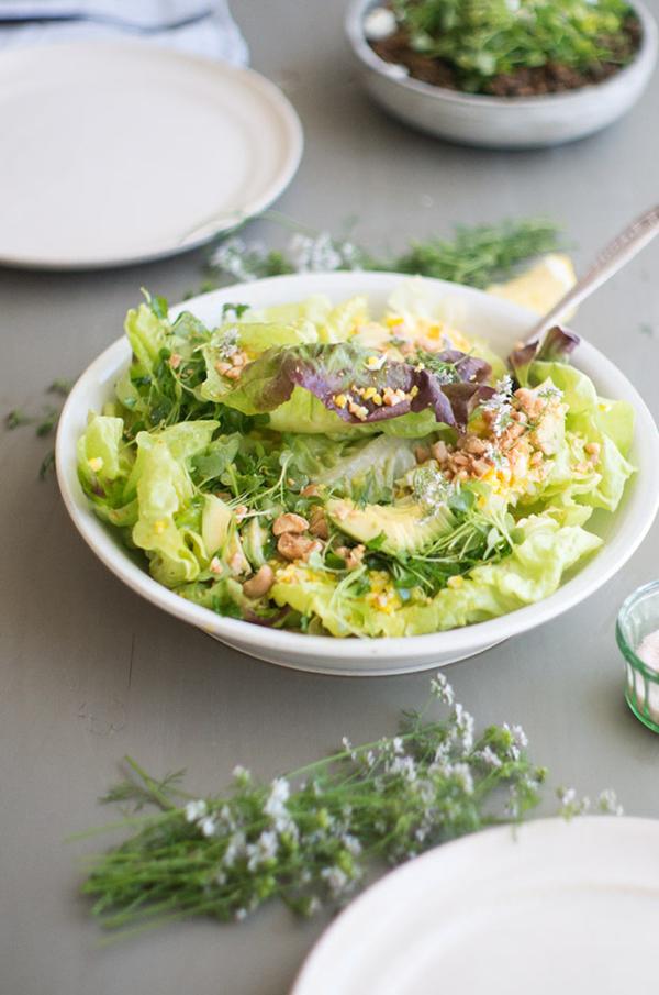 Blue Kale Studio Salad - 12 Fresh Avocado Recipes   GrokGrub.com